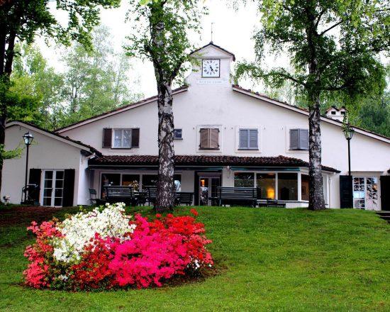 Golf Hotel Le Betulle & Castello La Rocchetta