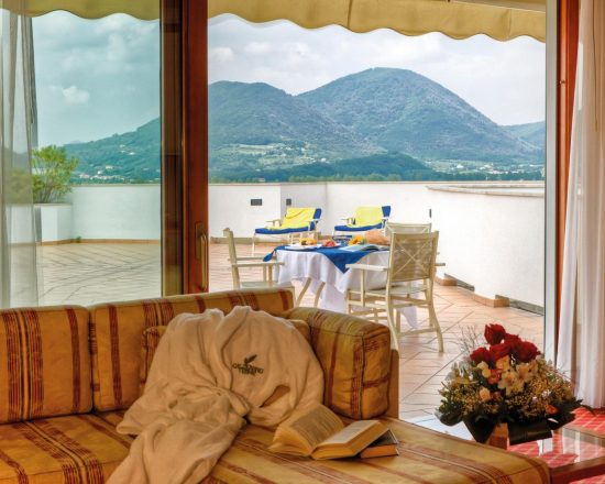 8 Nächte im Majestic Radisson Blu Resort Terme di Galzignano und 4 Greenfee je Person (GC Golf Terme di Galzignano, GC Padova, GC Montecchia und GC Frassanelle)