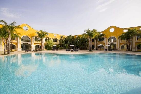 3 noches con desayuno incluido en Acaya Golf Resort & Spa y 1 Greenfee por persona (Club de Golf Acaya)