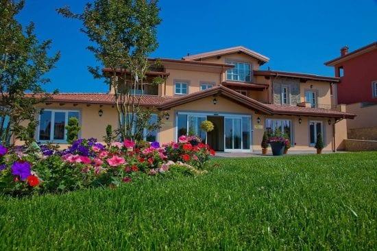 3 noches con desayuno incluido en Villa Carolina Resort y 1 Greenfees por persona (GC Villa Carolina)