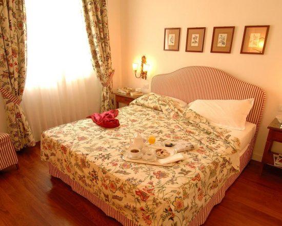 5 Nächte im Marignolle Relais & Charme Hotel und 2 Greenfee je Person (Golfclub Ugolino und Le Pavoniere)