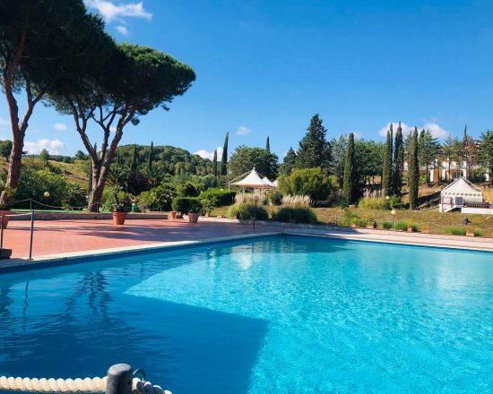 5 noches con desayuno incluido en Il Pelagone Hotel & Golf Resort Toscana y unlimited Greenfee (Club de Golf Toscana y 1 GF GC Punta Ala))