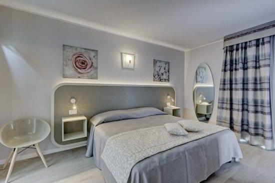8 Nächte im Parc Hotel Germano und 4 Greenfee je Person (Golfclub Ca degli Ulivi, Paradiso del Garda, Chervo und Verona)