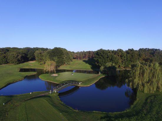 5 Nächte im Foresteria del Golf Club Castelconturbia und 2 Greenfee je Person (Golfclub Castelconturbia und Bogogno)