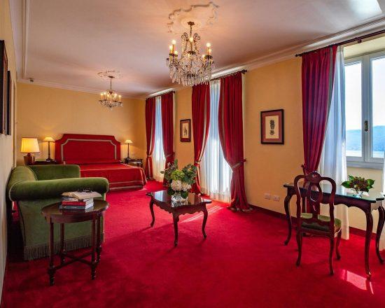 5 Nächte im Grand Hotel Majestic und 2 Greenfee je Person (Golfclub Golf Des Iles Borromees und Alpino di Stresa)
