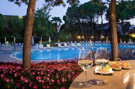 7 Nächte im Hotel Terme Bristol Buja und 3 Greenfee je Person (Golf della Montecchia, Padova und Frassanelle)