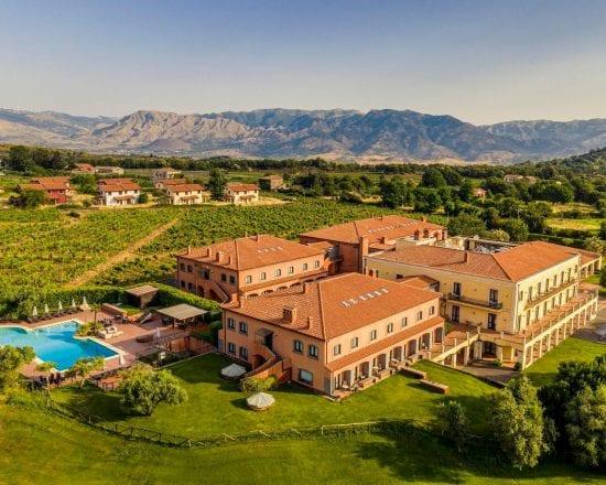 3 noches con desayuno incluido en Il Picciolo Etna Golf Resort y 1 Greenfee por persona (Il Picciolo Etna Golf Club)