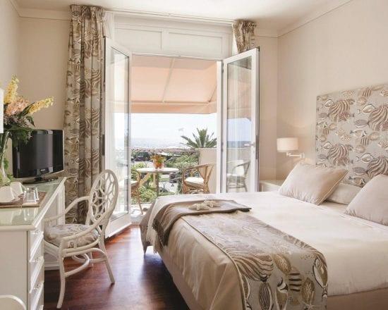 5 Nächte im Hotel Il Negresco und 2 Greenfee je Person (Golf Club Forte dei Marmi und Cosmpolitan)