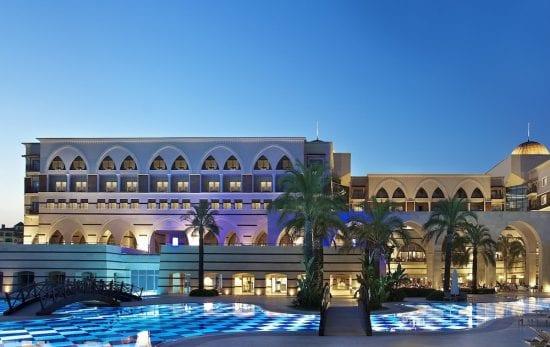 7 Übernachtungen im All-Inclusive-Hotel Kempinski mit 4 Greenfees pro Person im Antalya Golf Club (2 im Pasha und 2 im Sultan)