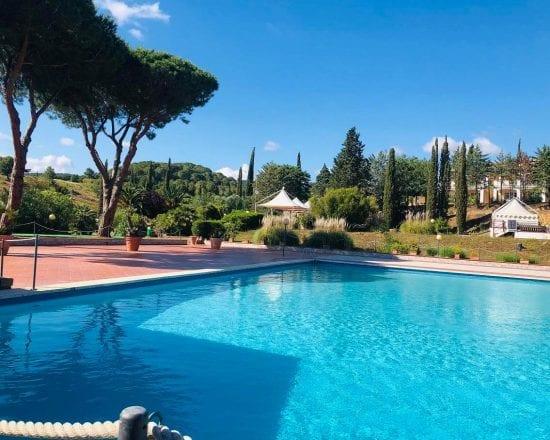8 Nächte im Il Pelagone Hotel & Golf Resort Toscana und unlimited Green Fees (Golfclub Toscana plus 1 GF GC Punta Ala, Saturnia und Argentario)
