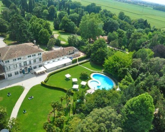9 Nächte in der Villa Condulmer und 5 Greenfee je Person (Golf Club Villa Condulmer, Venezia, Ca Amata, Padova und GC Ca della Nave)