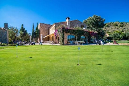 7 noches en Pula Golf Resort con desayuno, golf ilimitado en Pula Golf y 1 GF por persona en GC Son Servera