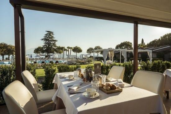 10 noches con desayuno incluido en Splendido Bay Luxury Spa Resort y 6 Greenfee por persona (Club de Golf Arzaga, Franciacorta, Verona, Paradiso, GC Gardagolf y GC Chervo)