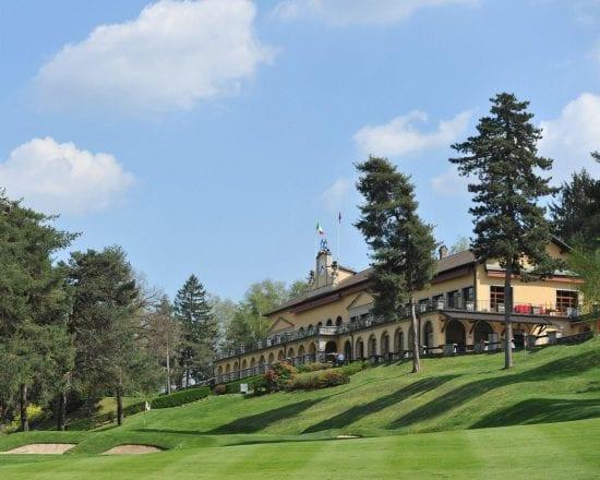 11 Nächte in der Foresteria Villa d'Este und 7 Greenfee je Person (Golfclub Villa d Este, Le Robinie, Bergamo Albenza, Barlassina, La Pinetina, Carimate und Monticello)