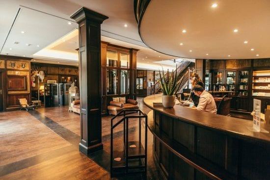 7 Übernachtungen im Lindner Golf Resort Portals Nous inklusive Frühstück, 5 GF pro Person und Mietwagen