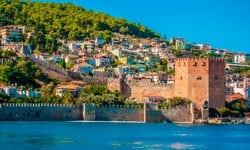 7 noches en el hotel Lykia World Antalya con ultra todo incluido y 5 green fees por persona (GC Lykia)