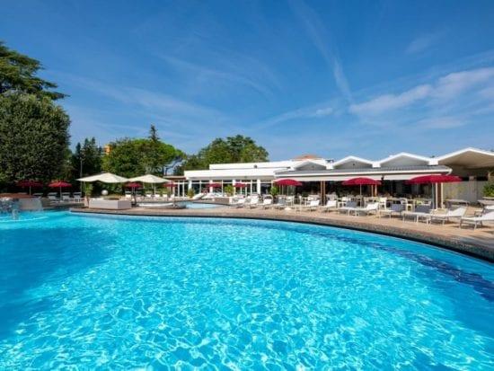 8 Nächte im Hotel Mioni Royal San und 4 Greenfee je Person (Golf Club Padova, Montecchia, Frassanelle und Terme di Galzignano)