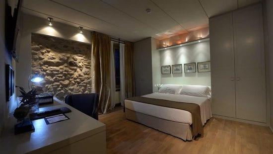 8 noches con desayuno incluido en Splendido Bay Luxury Spa Resort y 4 Greenfee por persona (Club de Golf Arzaga, Paradiso, GC Gardagolf y GC Chervo)