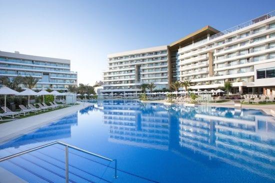 4 Nächte im Hipotels Playa de Palma Palace und 3 Greenfee je Person (Golfclub Son Quint, Son Vida und Son Muntaner) und Mietwagen