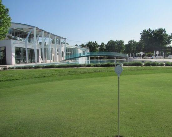3 Nächte im Riviera Golf Resort und 1 Greenfee je Person (Golfclub Riviera)